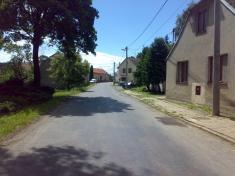 Hlavní silnice - směr naBačkovice
